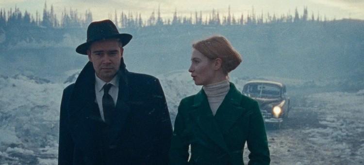 Актеры Петр Федоров и Мария Лавыгина (Луговая) на съемках мистического сериала.