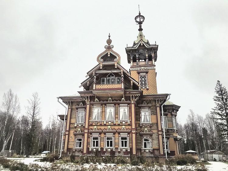 После того как отреставрировали Лесной терем, в селе заработал туристический центр.