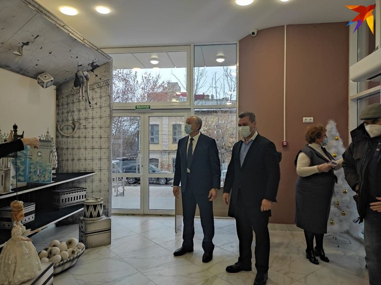 Валерий Радаев осмотрел обновленное здание