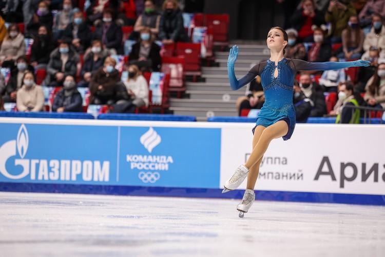 Анна Щербакова стала лидером после короткой программы