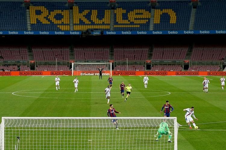 Пустые трибуны ударят по всем небольшим клубам Европы, для которых заполняемость стадионов главная статья доходов