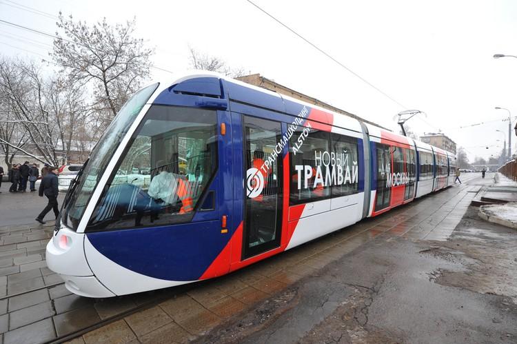 На данный момент выгоднее вкладываться в скоростной трамвай, который активно развивают в европейских городах.