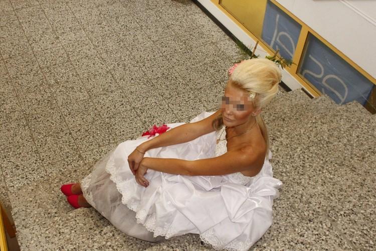 Маша была похожа на невесту, но замуж не вышла