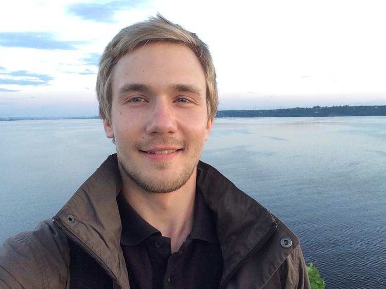 Кирилл Кривощеков - член Союза художников России.