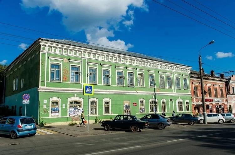 Здание купил бывший глава администрации Ижевска Денис Агашин