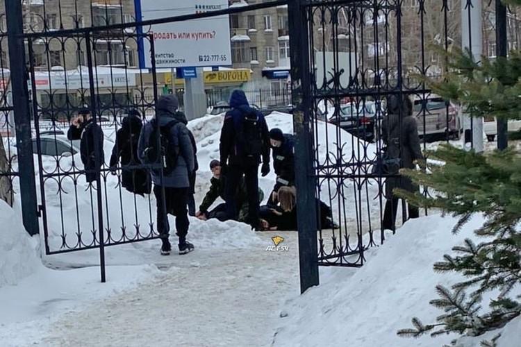 Спасти раненого парня не удалось.