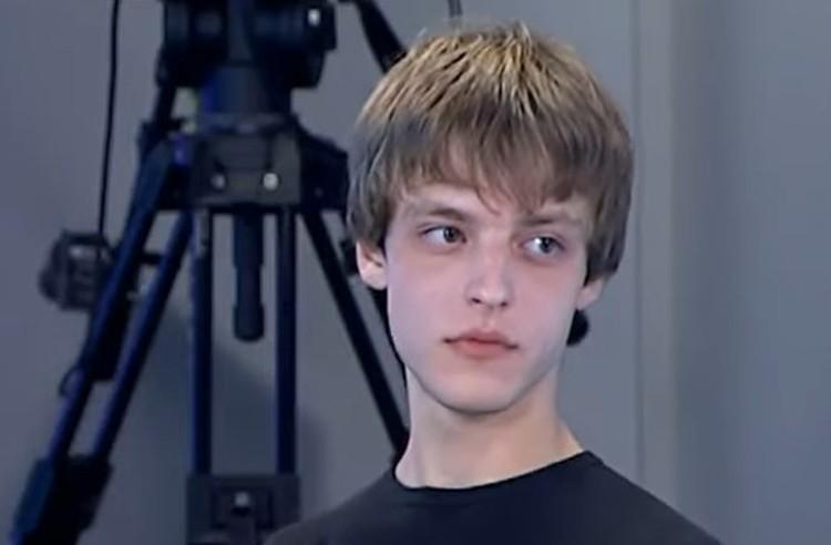 Сын поэта Бориса Рыжего Артем.