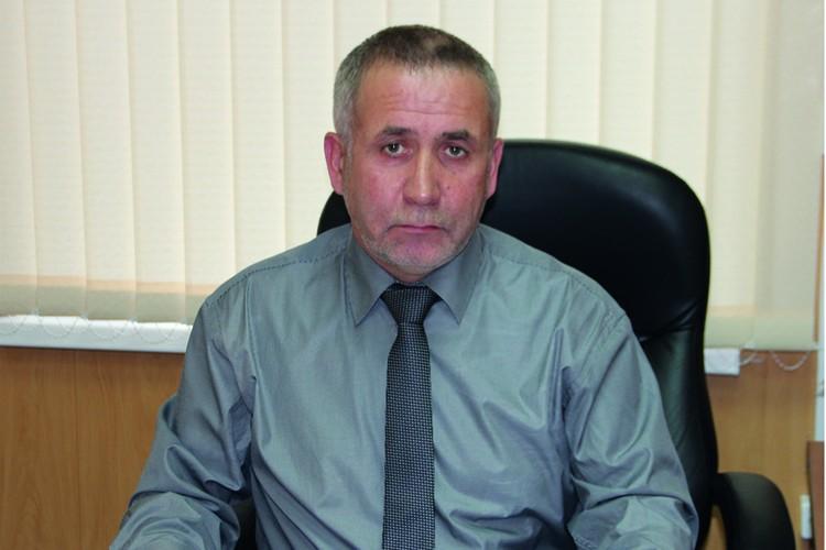 Геннадий Попов.