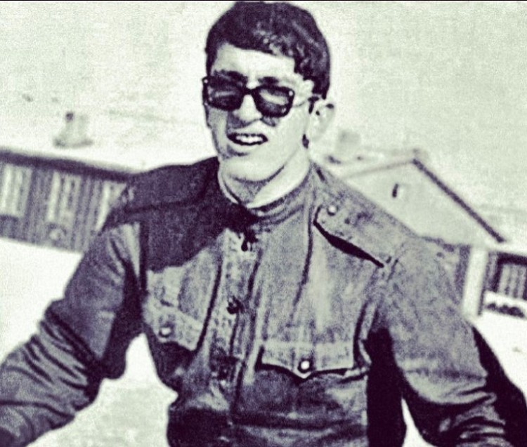 Александр Буйнов.