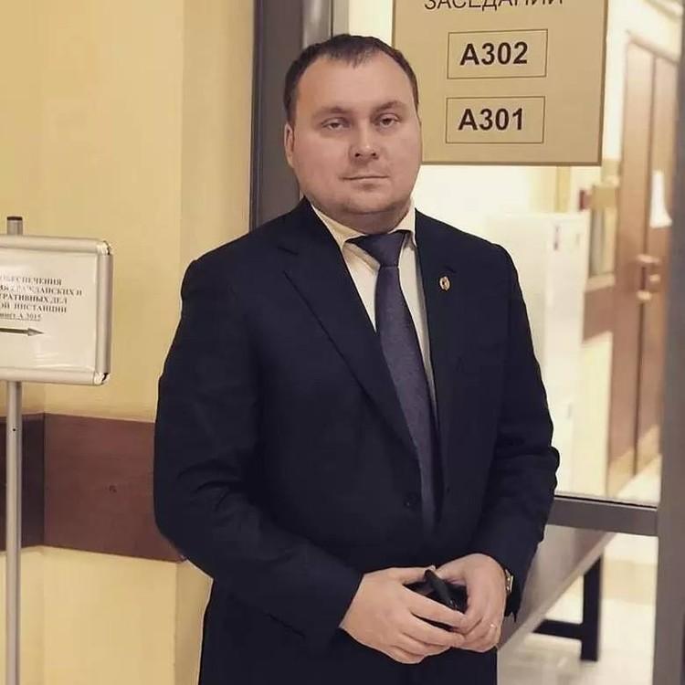 Адвокат Алешкин подготовил кассационную жалобу еще полгода назад. Как оказалось, не зря: часть тезисов из нее взяли в свой документ нынешние защитники.