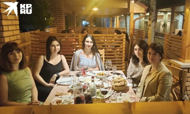 Степанакерт теперь модный город. В рестораны только по записи.