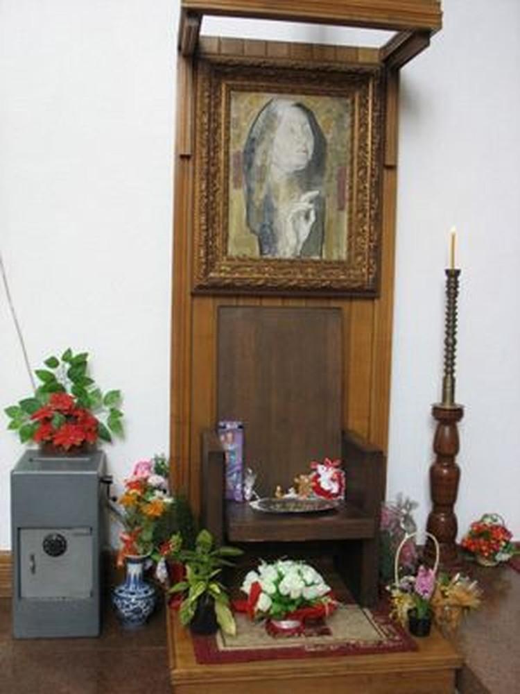 Кресло, в котором Ванга любила сидеть в построенной на ее деньги церкви Святой Петки в Рупите.