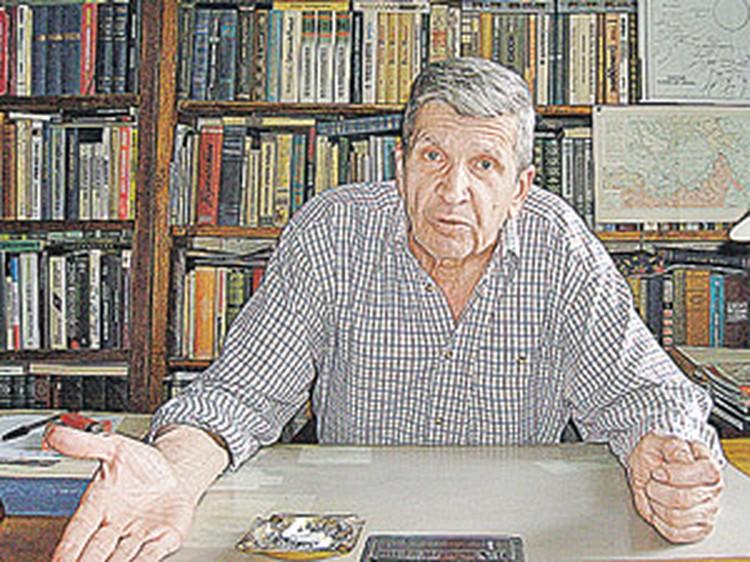 Юрий Николаевич ЖУКОВ