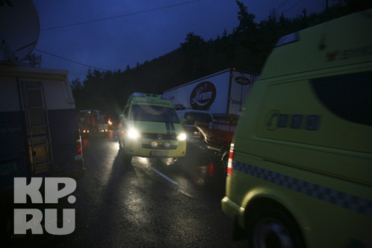На островке Утейа были застрелены около сотни подростков