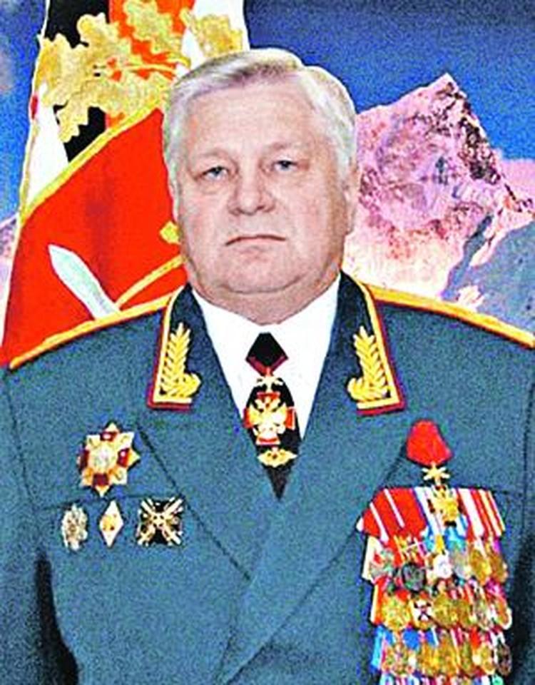 Анатолий Хрулев.