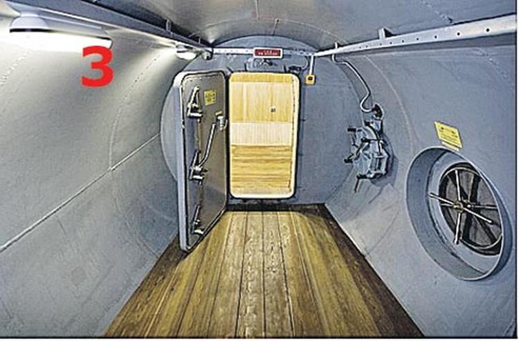 Переходы в марсолете напоминают  подводную лодку.