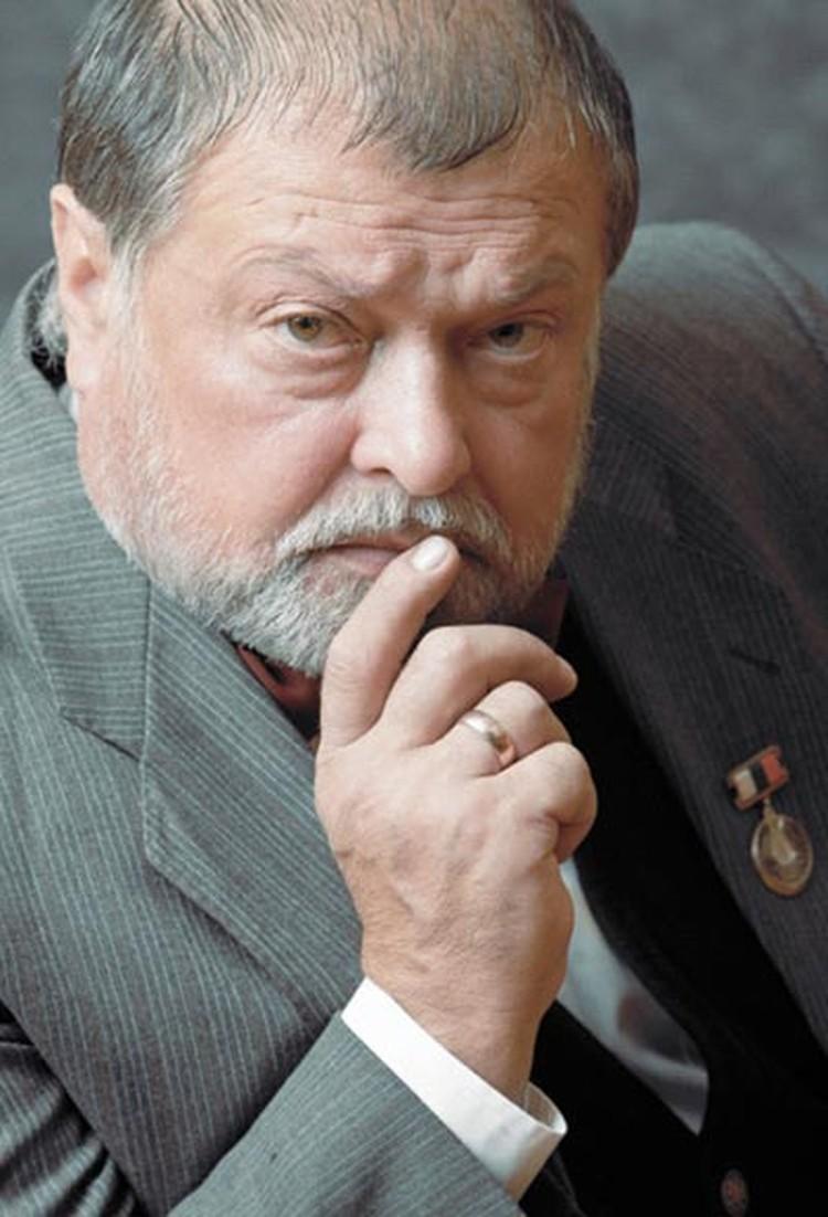 Борис Евгеньевич Быстров 40 лет проработал в театре имени Ермоловой