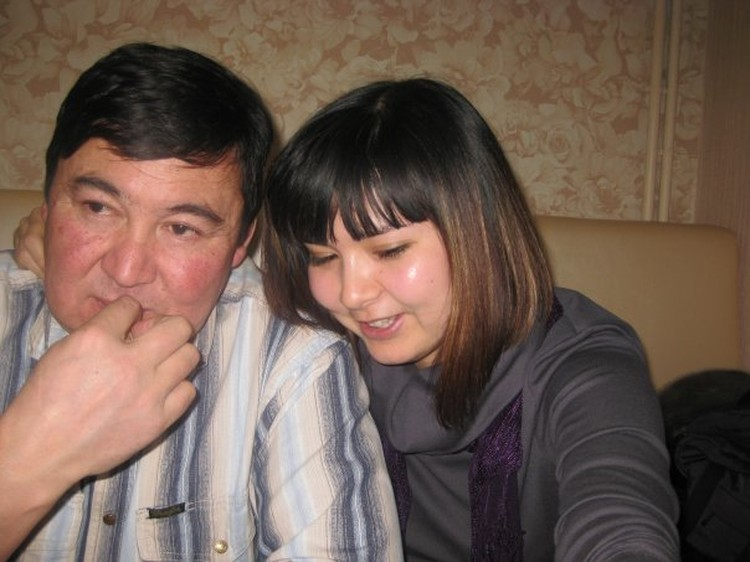 Дочь погибшего бортмеханика Сейжана Махмутова Гуля: «Когда папа не летал, он всегда болел»