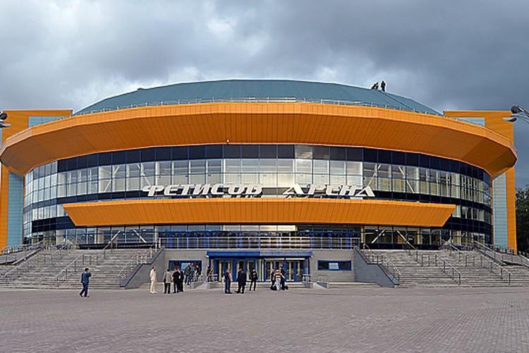 """КСК """"Фетисов-арена"""" во Владивостоке."""