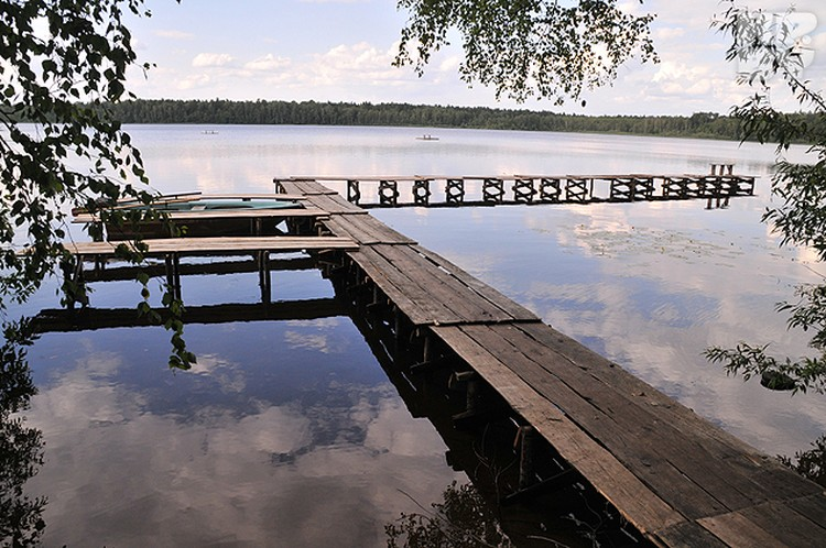 Озеро Кромань - единственный крупный водоем в пуще.