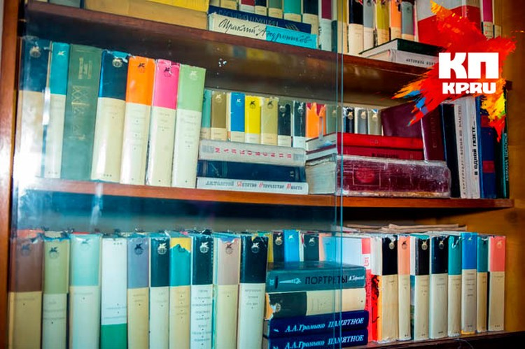 Большая домашняя библиотека – гордость семьи Летовых