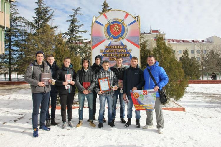 Сильнее и ловче всех оказалась команда Симферопольской академической гимназии.