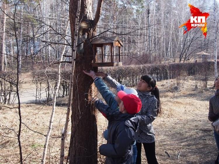 Детям из Узбекистана помогают адаптироваться, например, организовали для них курсы русского языка.