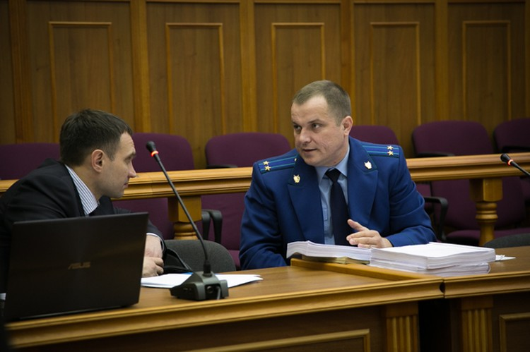 Прокурор и адвокат родителй Лены Патрушевой
