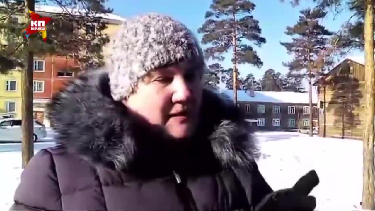 Русская мамка совращает дочку