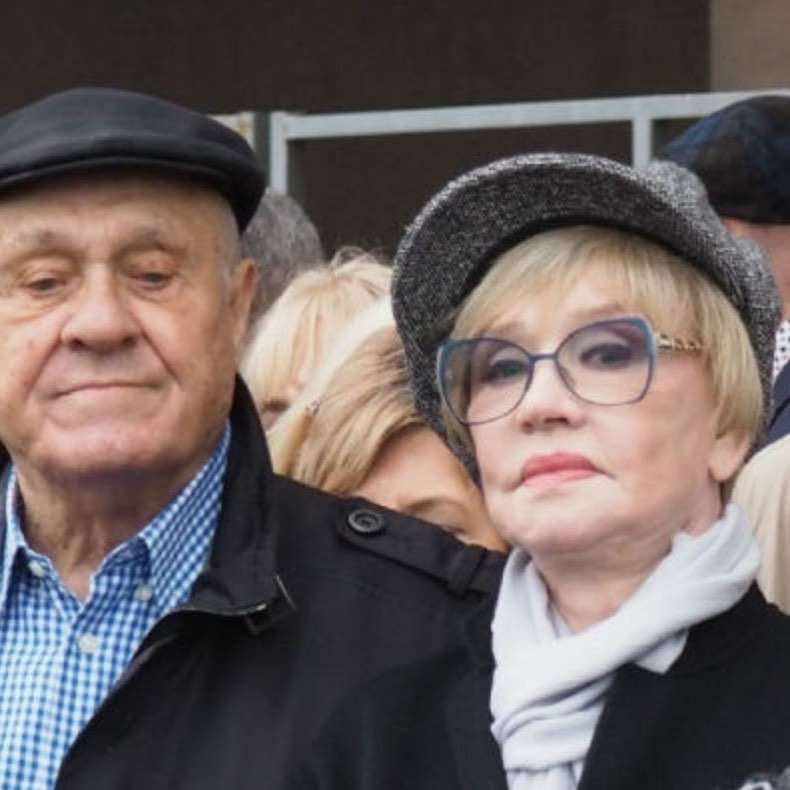 Владимир Меньшов и Вера Алентова порадовали поклонников совместным выходом в свет