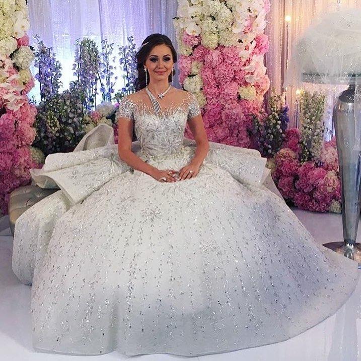 #karenlilitwedding #wedding #weddingdecor #weddingdress #свадьбагода #свадьба #красивая#невеста #свадебныйдекор #сафиса #москва #москвасити