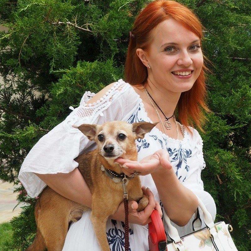 В 2013 года Александра Афанасьева-Шевчук попала в ДТП, получила открытую травму головы и несколько дней провела в коме