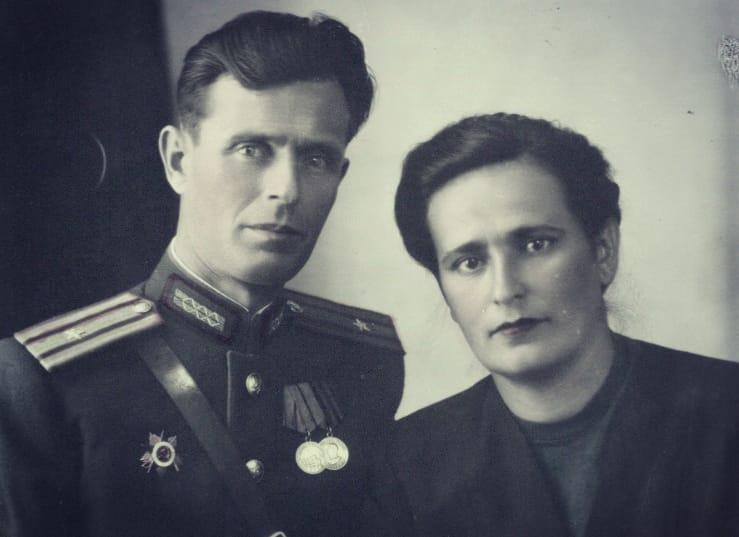 Мои дедушка и бабушка.Помним любим и гордимся вами!