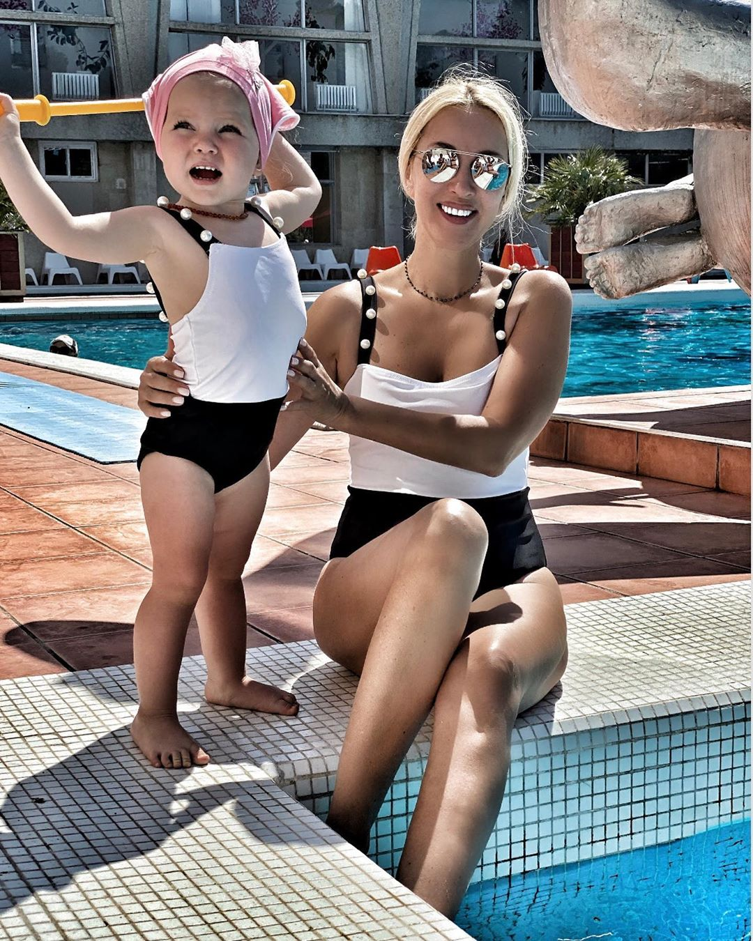 Лера Кудрявцева с дочкой наЧерном море. Фото: leratv/Instagramleratv/Instagram