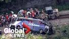17 человек погибли и 27 получили ранения в Бразилии при падении рейсового автобуса с моста с высоты 35 метров